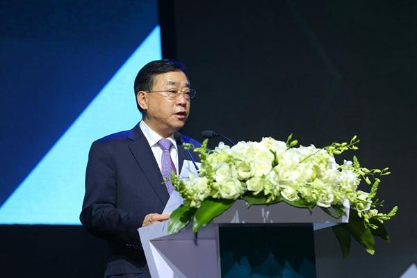 人民日报副社长等领导出席2017环球风尚盛典