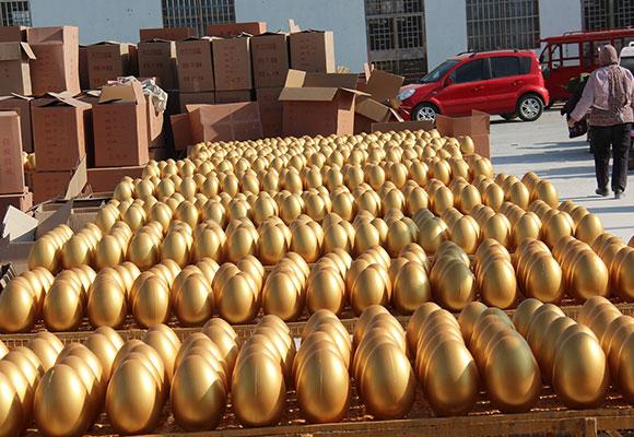 金蛋村年售1.5亿枚石膏金蛋 产值近3亿元
