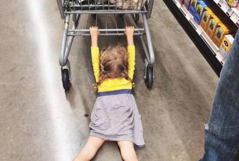 超市简直是孩子的克星