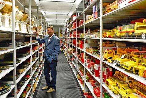 震惊!揭秘可口可乐公司庞大档案室