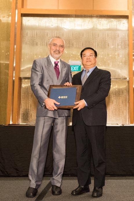 中国移动李正茂荣膺IEEE 2017杰出行业领袖奖