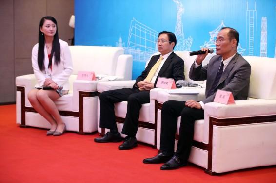 《财富》全球论坛新闻中心举行嘉宾访谈