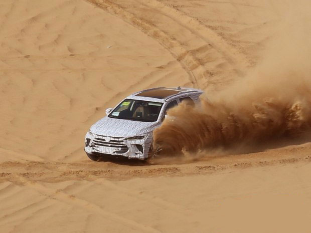比亚迪全新一代SUV沙漠测试谍照曝光 预计2018年上市