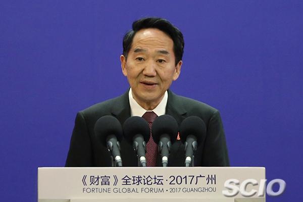 习近平向广州《财富》全球论坛致贺信 蒋建国在开幕式上宣读贺信