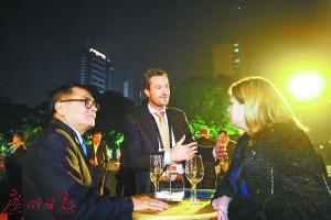 《财富》全球论坛开幕晚宴粤味浓厚:水晶之声天籁迎客