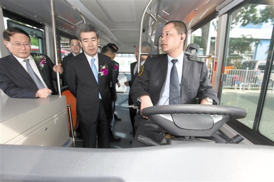 探秘深圳智能公交:无人驾驶公交离我们有多远?