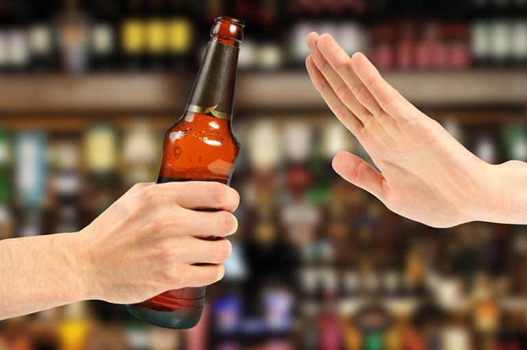 哪些健康的酒类饮品最适合女生?