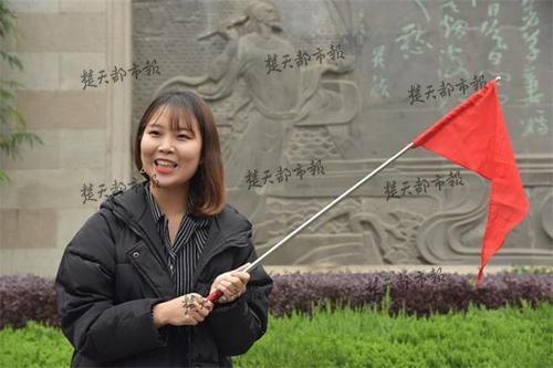 韩国留学生当导游 中文语言实操课上到黄鹤楼