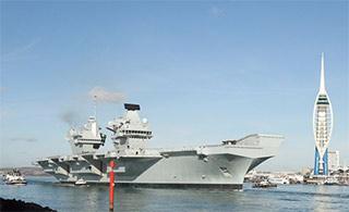 英最大航母服役时隔6年重拥航母
