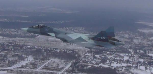 俄媒:苏57战机测试新发动机 机动性将优于F22