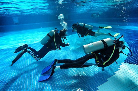 重磅!求苗体育签约首个PADI潜水中心