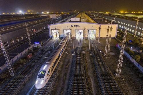 印媒:中国高铁网总长世界第一 印度才开建第一条
