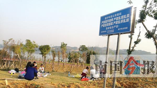 柳州处理露天烧烤的执法尴尬:352起仅两人接受进一步处罚
