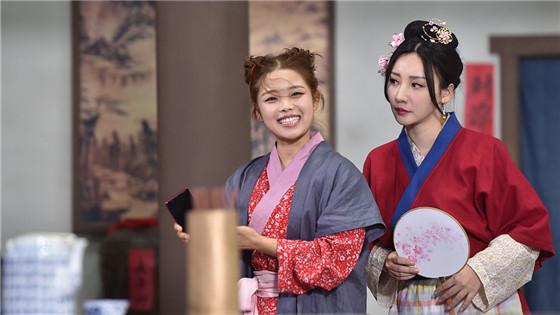 柳岩演绎妖娆佟湘玉