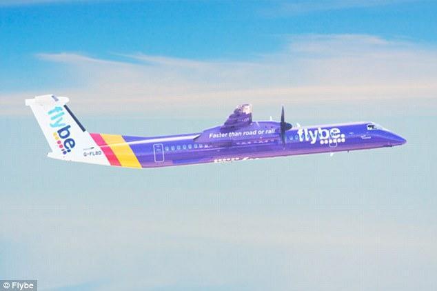 英国一客机起飞时险与无人机相撞 最近时仅33米