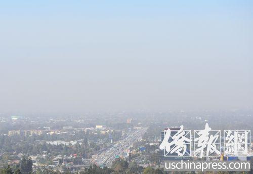 山火烟尘笼罩洛杉矶华人聚居地 多市发火灾警示
