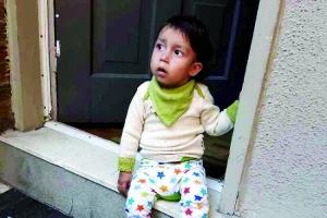 2岁男童患怪病仅靠吃桃维生 病程只持续到三四岁
