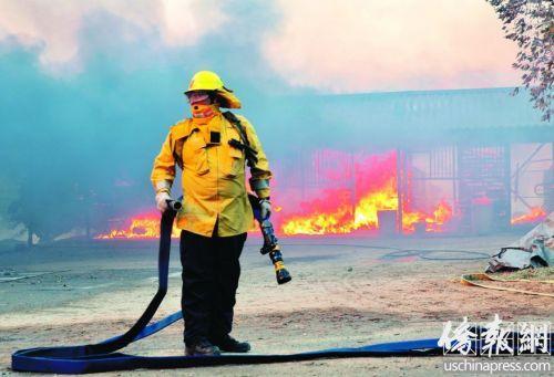 """留学生在美遇加州大火 工作受阻上演""""逃难记"""""""