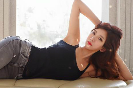 韩国美女学霸拿下双学位 坚持运动打造绝佳身材