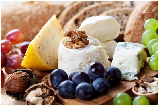 研究:适当食用奶酪有益健康 或可降低患心脏病风险