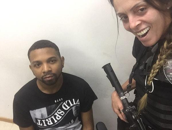 巴西女警与被捕大毒枭自拍引争议