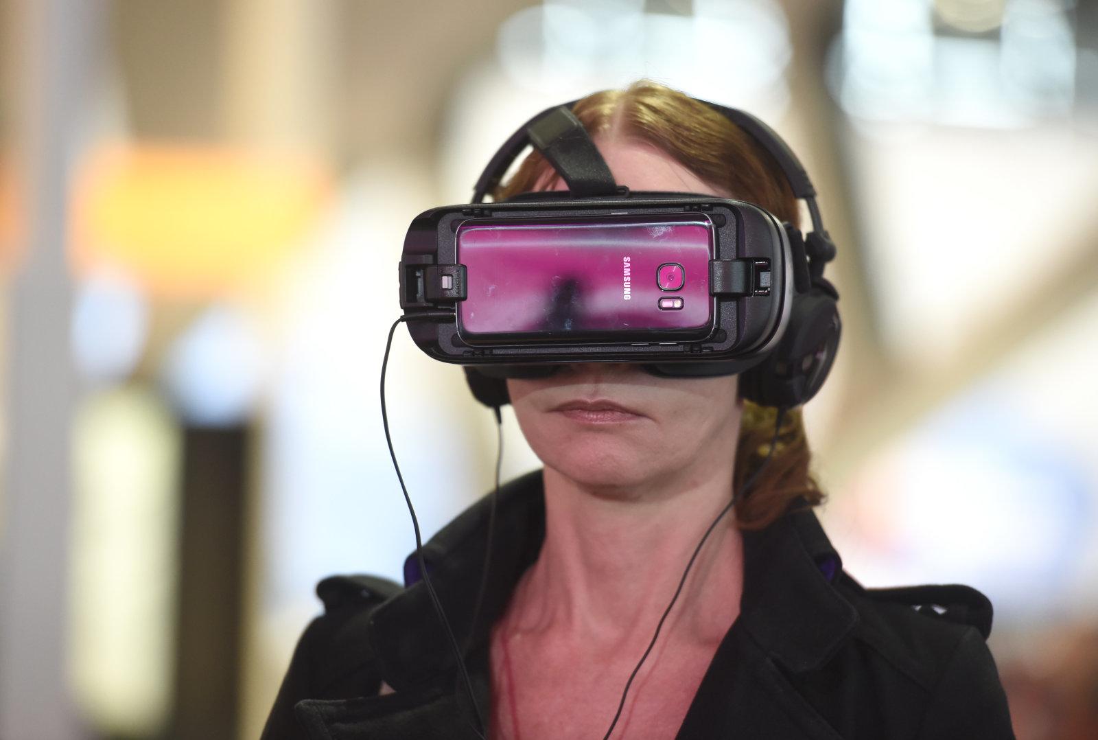 三星Gear VR与美彩妆品牌NYX合作美国教程