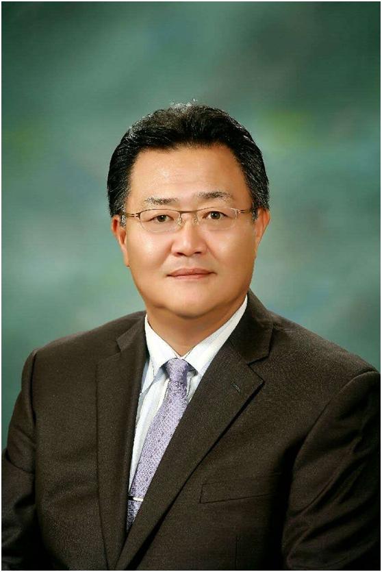 康埈荣:韩国外国语大学中国学系教授