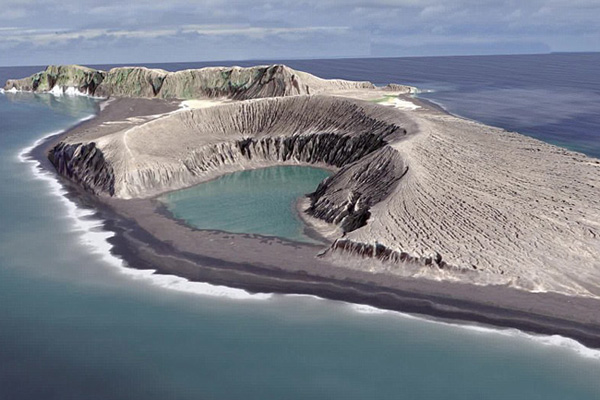 NASA记录南太平洋新岛屿形成和变化过程