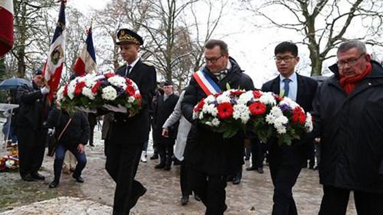 """法媒:法国北方重镇为""""一战""""中国劳工立碑"""