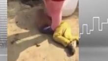 湖南永州:男童惹事 遭母亲泼水脱衣摔地脚踩