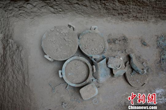 陕西发现目前国内规模最大春秋时期周系墓葬