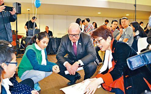 加拿大卑诗省自由党领候选人:若当选推公校中文授课