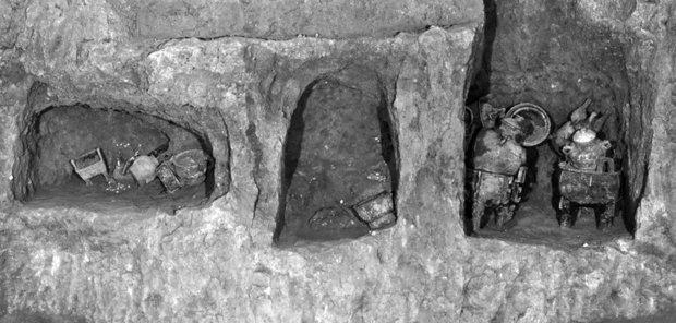 惊人!中国宝鸡千年古墓内竟发现液体汤
