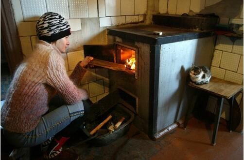 今冬首股寒流席卷法国 逾千万人无力取暖