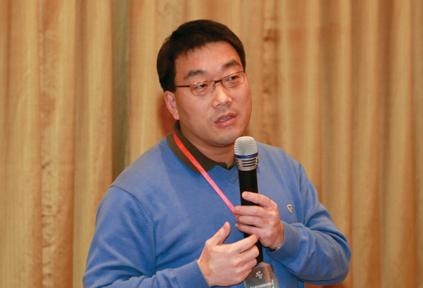 杨雪冬:中央编译局研究员