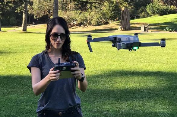 美国新法律重新要求小型无人机进行注册登记