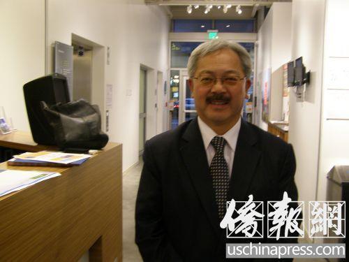 美媒:美各界悼华裔市长李孟贤 他演绎了华人艰辛奋斗史