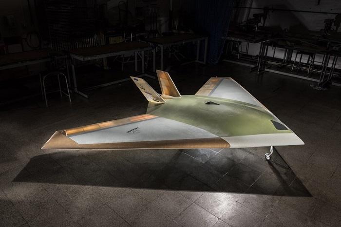神似F-117隐形战机?BAE MAGMA无襟翼无人机完成首次试飞
