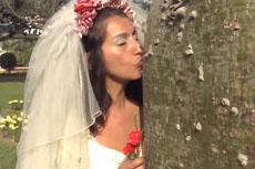 """秘鲁众新娘与大树""""结婚"""""""