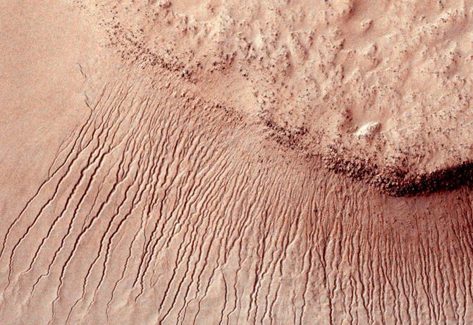 11张图揭示火星表面隐藏的那些秘密