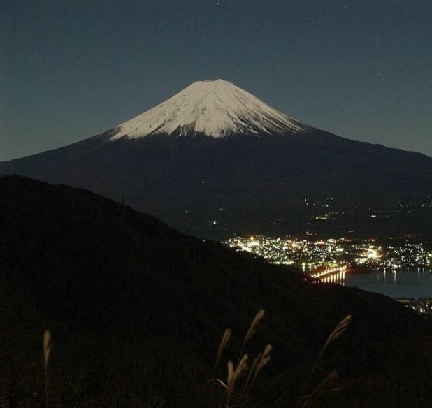 日本议员建议发展夜间旅游