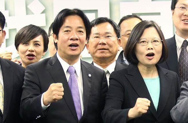 民进党执政一年给台湾民众带来什么?国民党发言人:干话