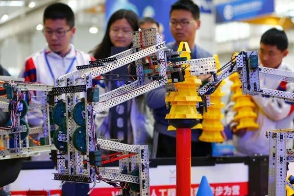 北京市学生机器人智能大赛开战