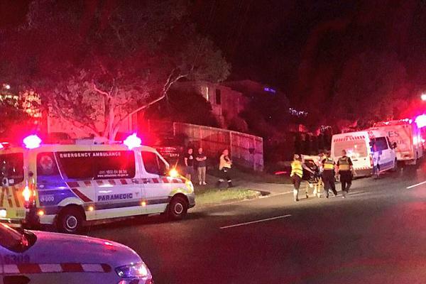 澳大利亚一栋房屋阳台坍塌 致19人伤亡