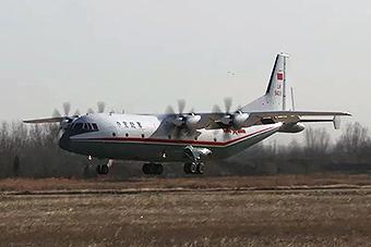 中国陆军列装第二架运9型运输机