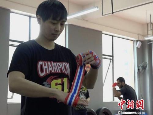 泰国人:希望能够把成都人培养进世界拳赛