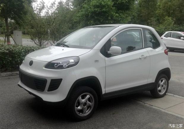 双门四驱纯电动微型车 潍柴英致EX1首发