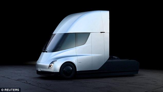 最大订单记录刷新 UPS订购125辆特斯拉半挂卡车
