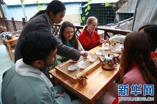 调查:2020年前将有50万外国大学生在中国学习图片