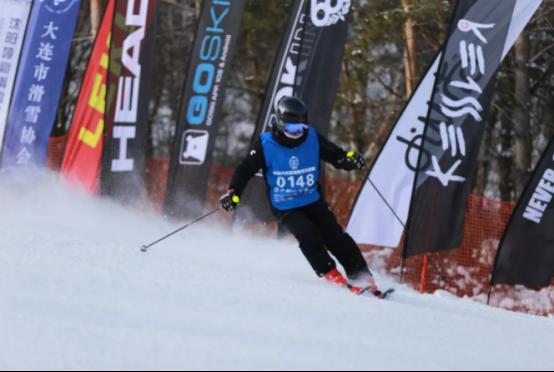 第三届大众滑雪技术大奖赛kessler松花湖站圆满结束